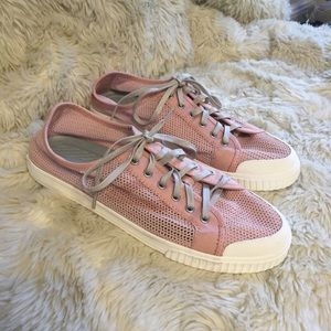 Tretorn Shoes - Tretorn pink mesh Tournament Net sneakers 11